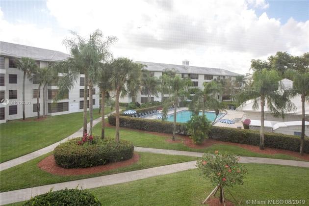 956, Davie, FL, 33324 - Photo 1