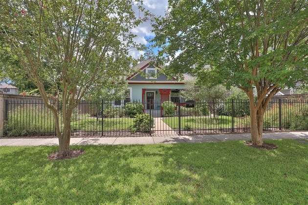 4088, Houston, TX, 77008 - Photo 1