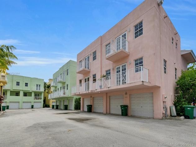 2093, Miami, FL, 33130 - Photo 2