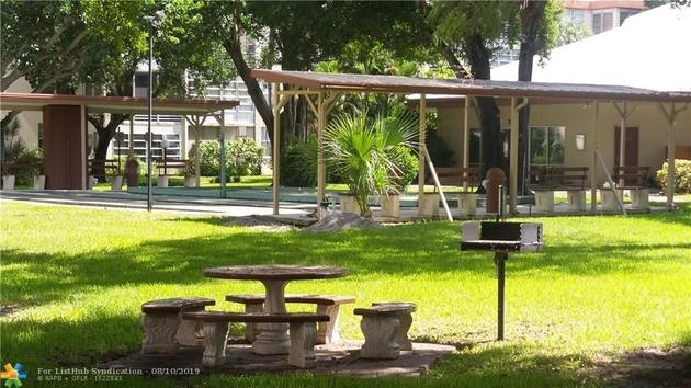293, Lauderdale Lakes, FL, 33313 - Photo 2