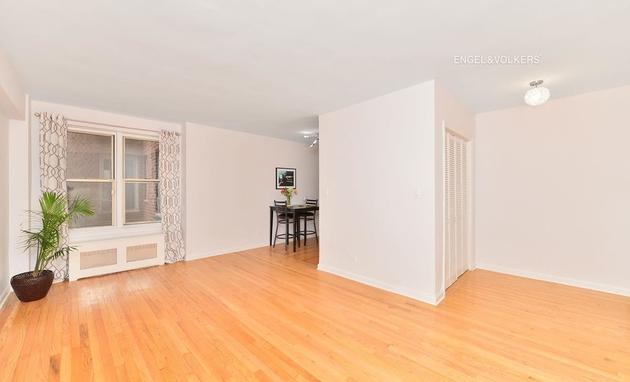 1135, Bronx, NY, 10451 - Photo 2