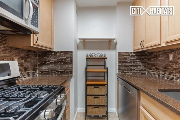 1764, Brooklyn, NY, 11230 - Photo 2