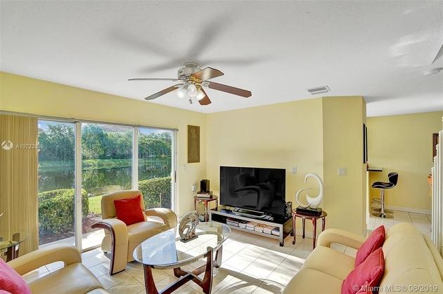 1425, Pembroke Pines, FL, 33028 - Photo 2