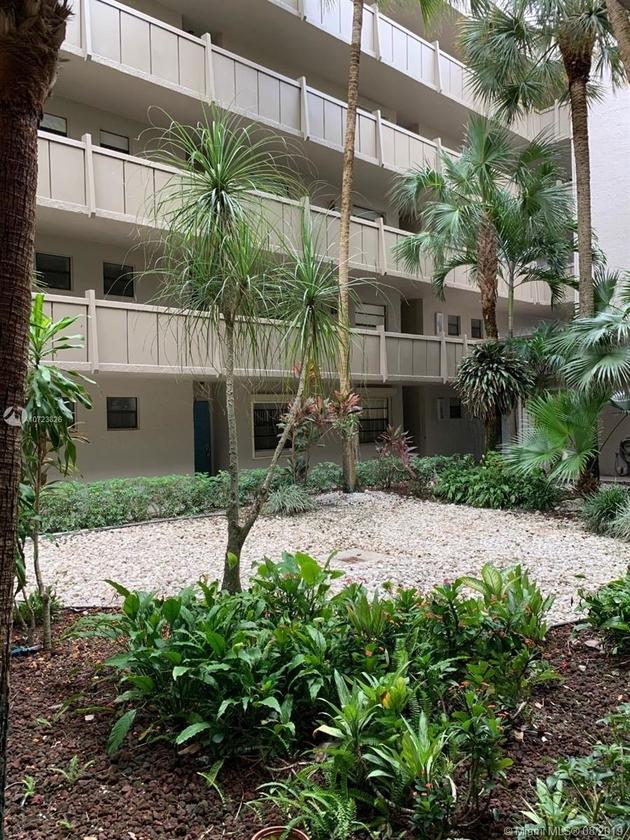 373, Pembroke Pines, FL, 33026 - Photo 1