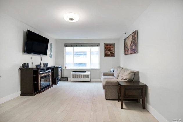 3415, Long Island City, NY, 11101 - Photo 2