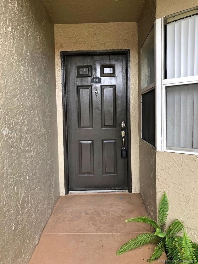 949, Pembroke Pines, FL, 33025 - Photo 2