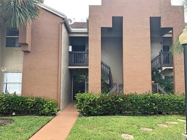 949, Pembroke Pines, FL, 33025 - Photo 1