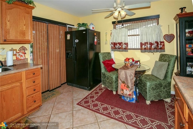 810, Margate, FL, 33063 - Photo 2