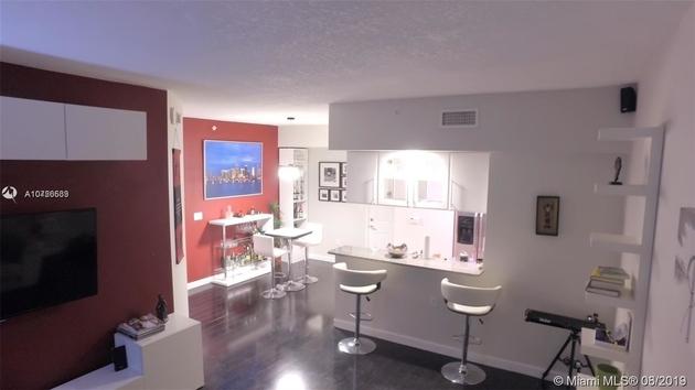 1206, Miami, FL, 33132 - Photo 2