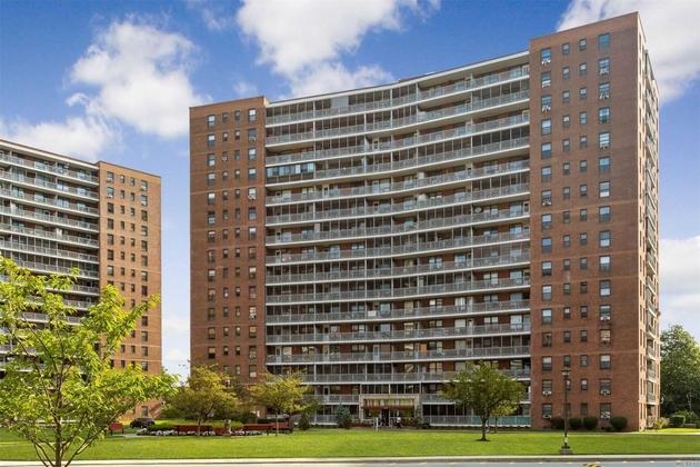 10000000, Rego Park, NY, 11374 - Photo 1