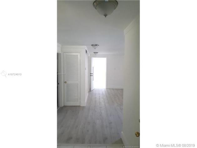 883, North Miami Beach, FL, 33160 - Photo 2