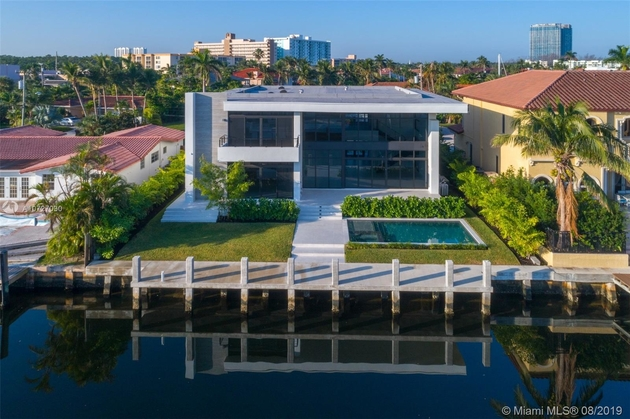 16464, North Miami Beach, FL, 33160 - Photo 1