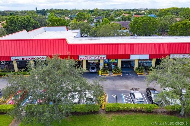 10000000, Lauderhill, FL, 33319 - Photo 1