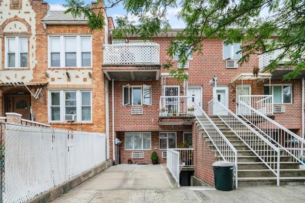 10000000, Brooklyn, NY, 11204 - Photo 1