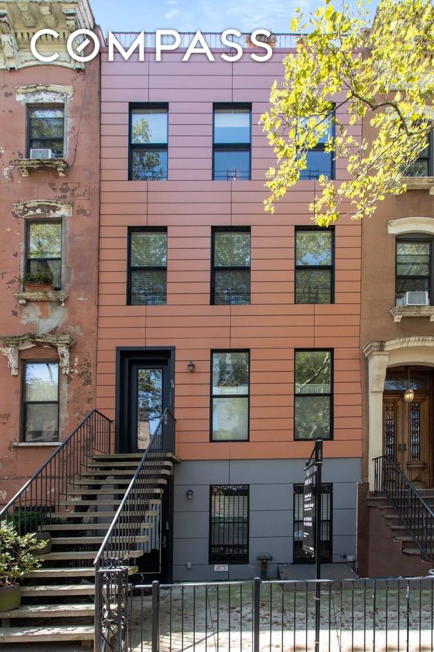 5495, Brooklyn, NY, 11217 - Photo 1