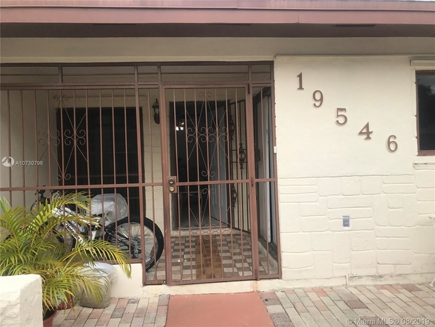 948, Miami Gardens, FL, 33055 - Photo 1