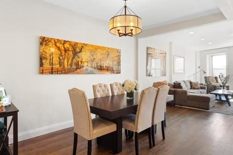 5274, Brooklyn, NY, 11217 - Photo 2