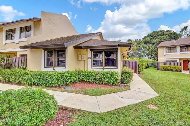 968, Pembroke Pines, FL, 33025 - Photo 2