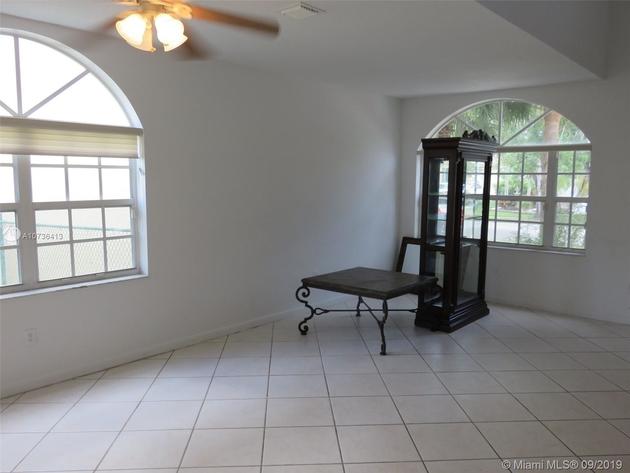 1813, Pembroke Pines, FL, 33028 - Photo 2