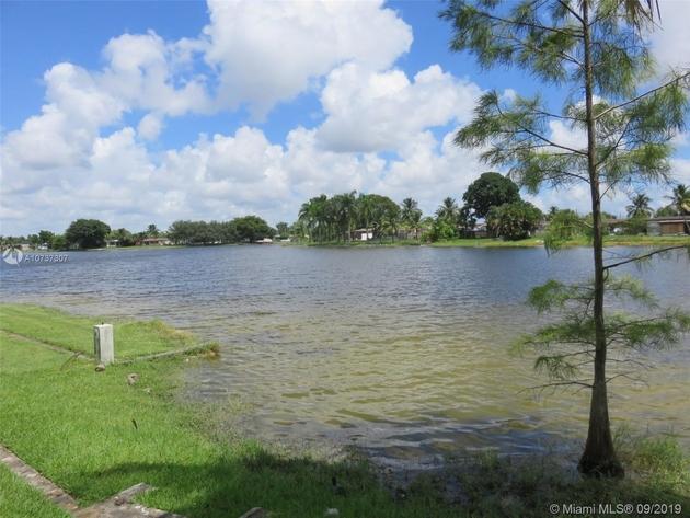 1401, Pembroke Pines, FL, 33024 - Photo 2