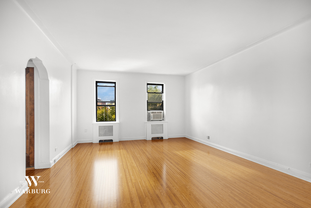 1561, Queens, NY, 11102 - Photo 2
