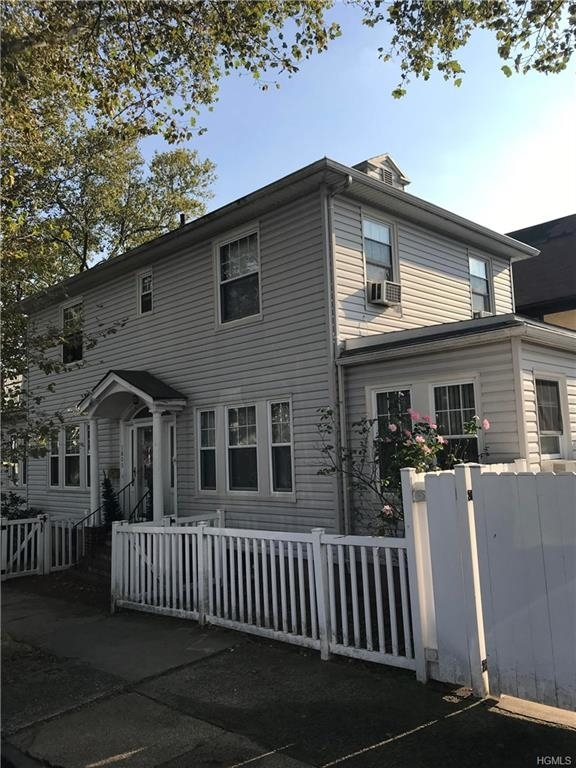 8490, Bronx, NY, 10461-1511 - Photo 1