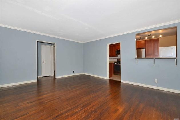 10000000, Whitestone, NY, 11357 - Photo 2