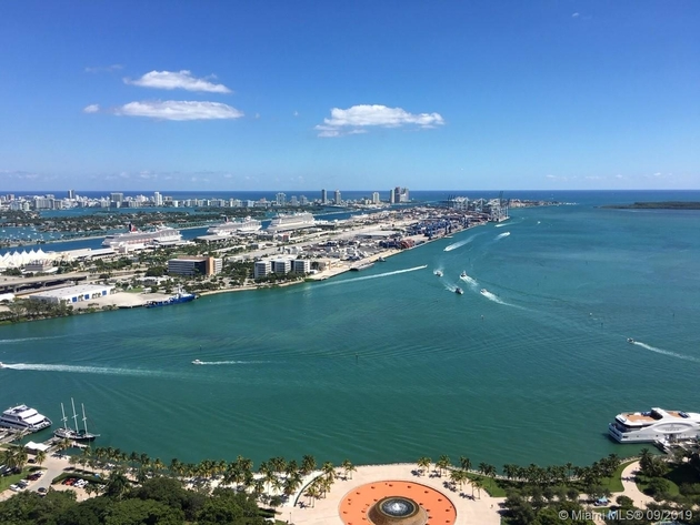 2805, Miami, FL, 33132 - Photo 2