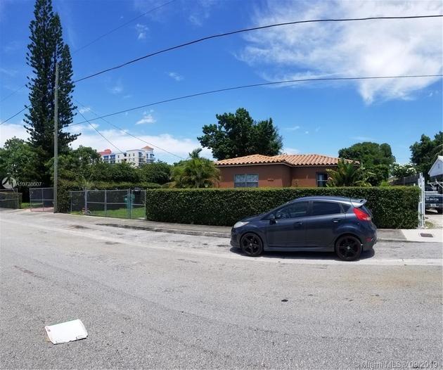 866, Miami, FL, 33142 - Photo 1
