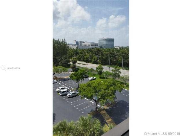 715, Aventura, FL, 33180 - Photo 2