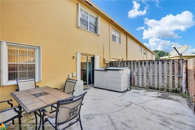 976, Davie, FL, 33324 - Photo 2