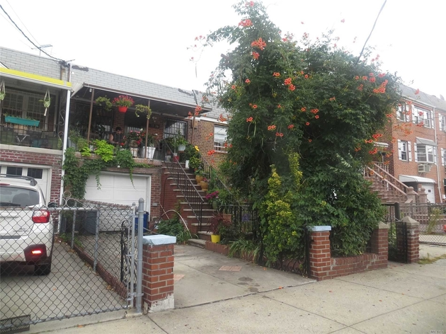 5040, E. Elmhurst, NY, 11370 - Photo 1