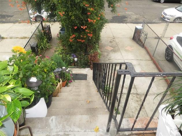 5040, E. Elmhurst, NY, 11370 - Photo 2