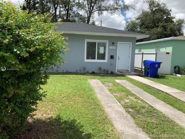 1106, Miami, FL, 33142 - Photo 2