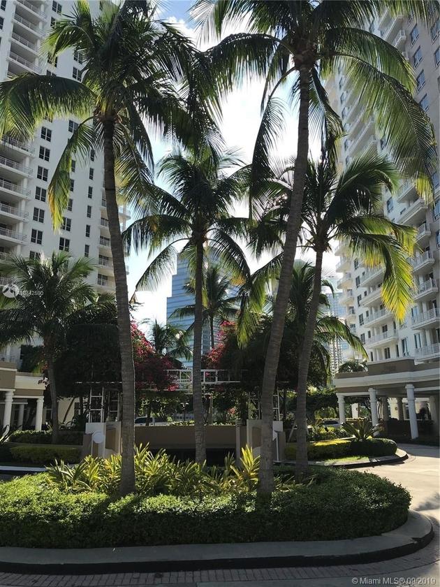 1830, Miami, FL, 33131 - Photo 2