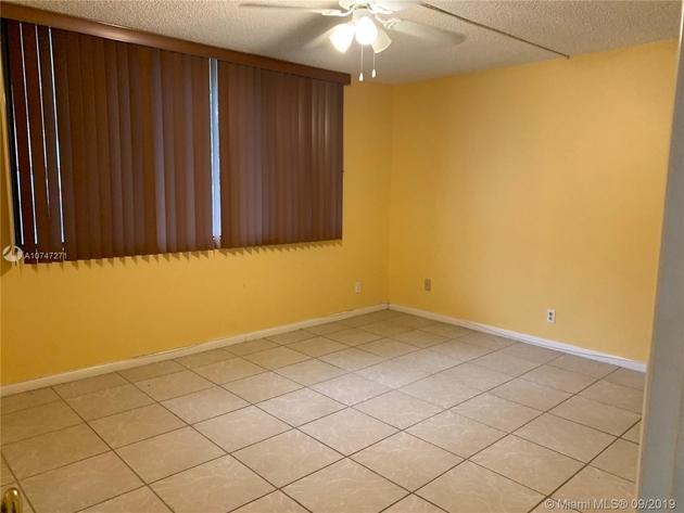 570, Davie, FL, 33328 - Photo 2