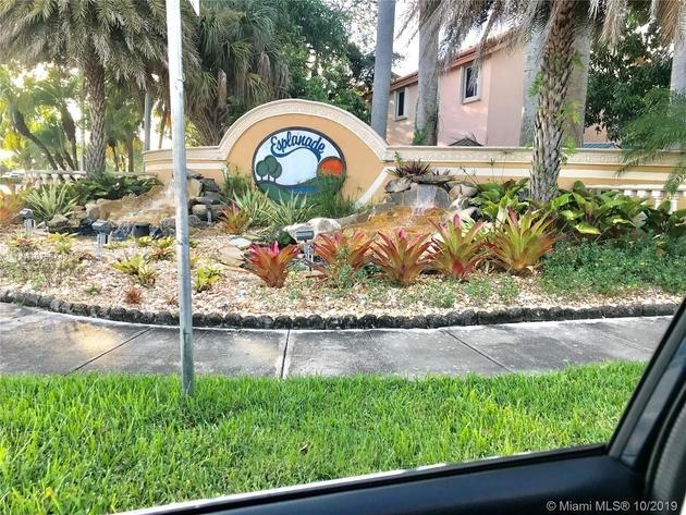 2105, Miami, FL, 33015 - Photo 1