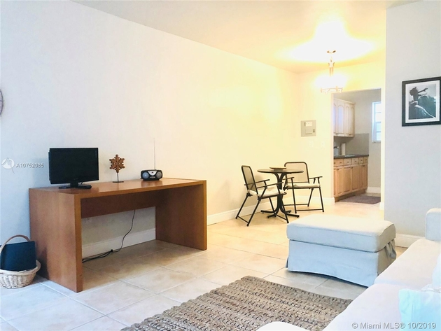923, Miami Beach, FL, 33139 - Photo 2