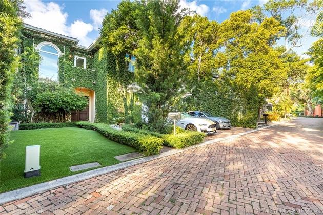 8201, Miami, FL, 33129 - Photo 2