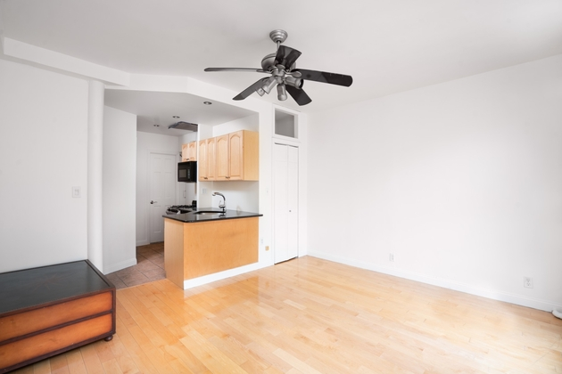 2893, New York, NY, 10075 - Photo 2
