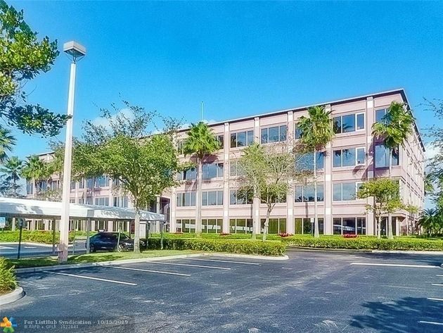 10000000, Plantation, FL, 33324 - Photo 2