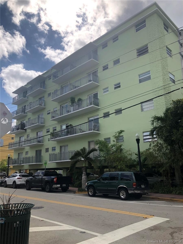 946, Miami Beach, FL, 33139 - Photo 2