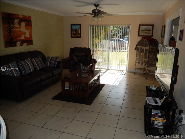 807, Hialeah, FL, 33015 - Photo 2