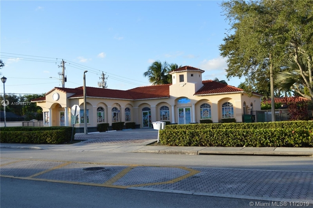 8663, Miami Lakes, FL, 33016 - Photo 2