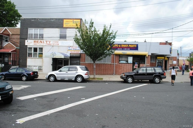 42209, Bronx, NY, 10469-3062 - Photo 1