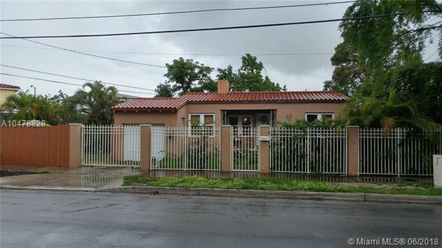 1350, Miami, FL, 33135 - Photo 1