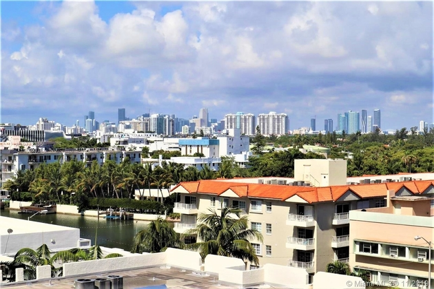 2695, Miami Beach, FL, 33140 - Photo 2