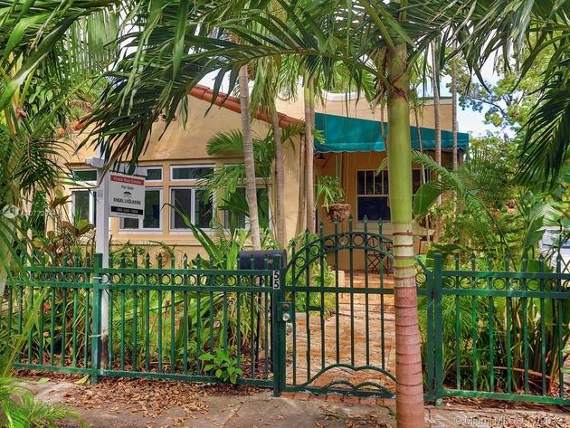 10000000, Miami, FL, 33137 - Photo 1