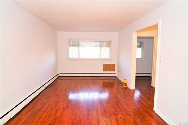 6339, Bronx, NY, 10469-3209 - Photo 2