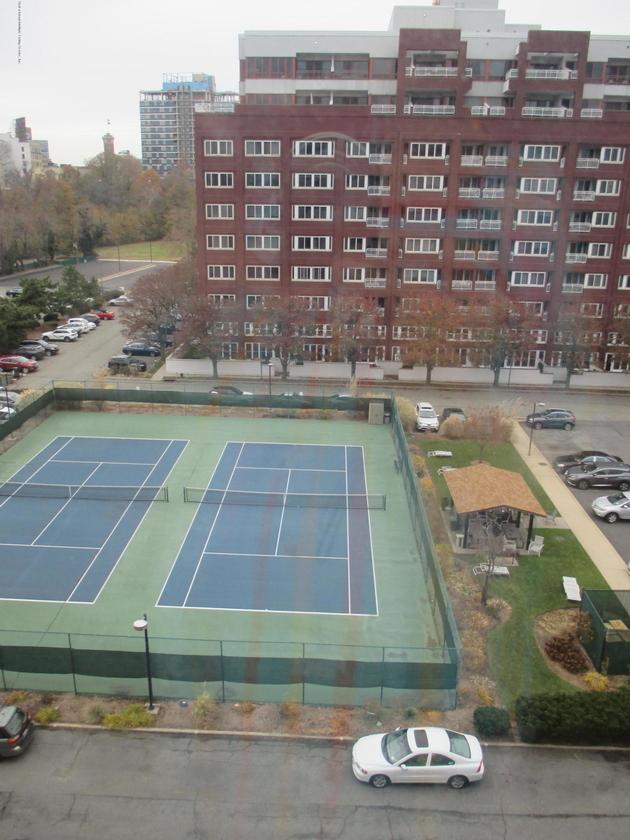 1646, Staten Island, NY, 10301 - Photo 2